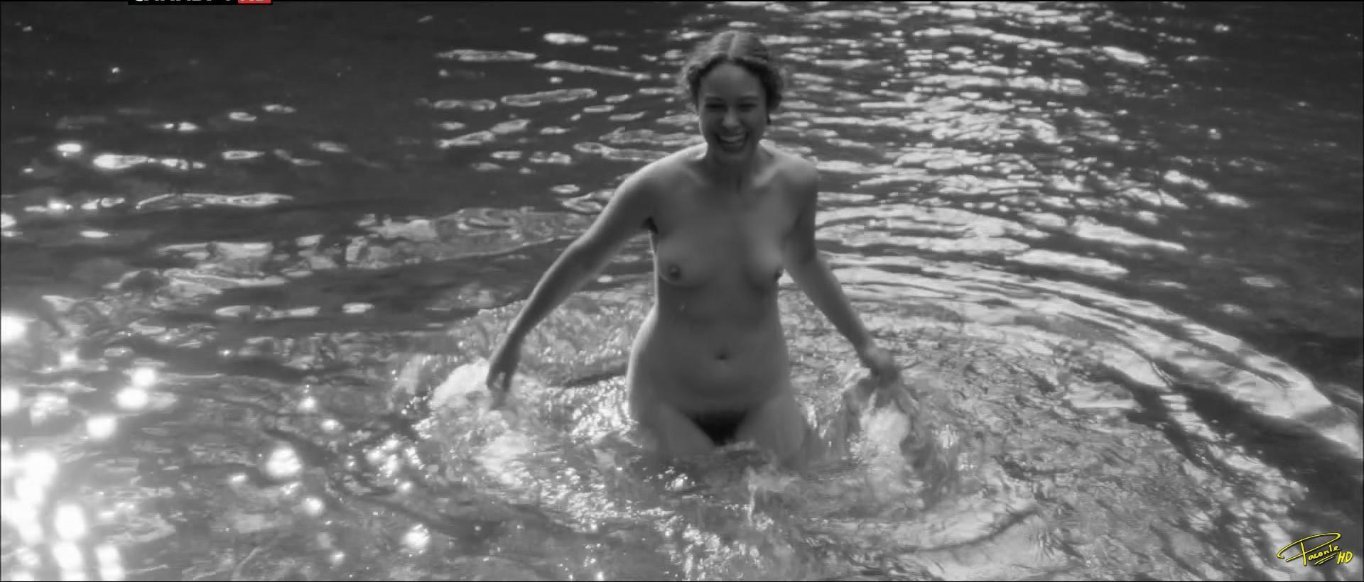 Aida folch nude fin de curso - 3 part 2