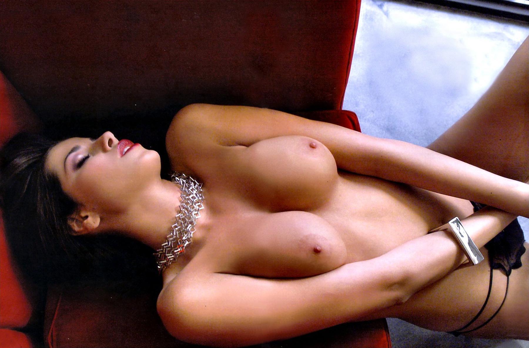 Porn pics aida yespica naked