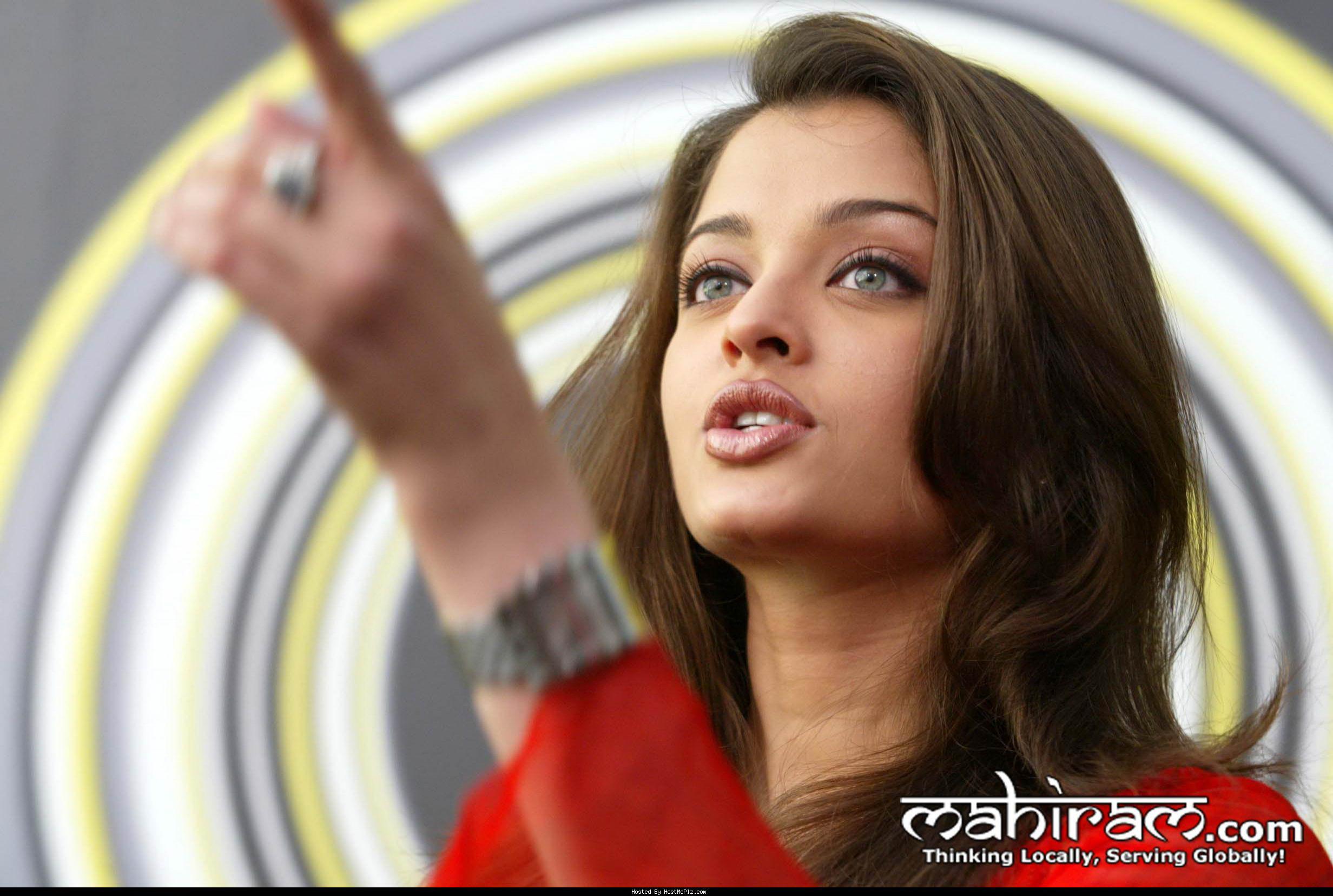 Aishwarya falsa imagen desnuda rai