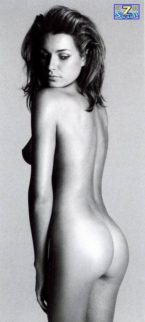 Seredova Nude 84