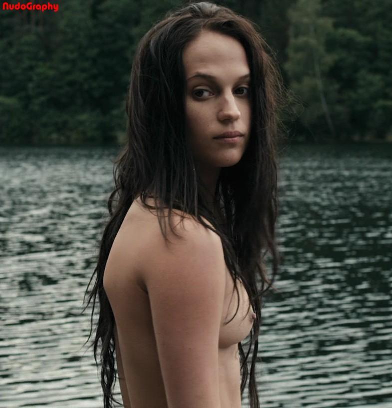 Alicia vikander nude kronjuvelerna hd - 3 part 2