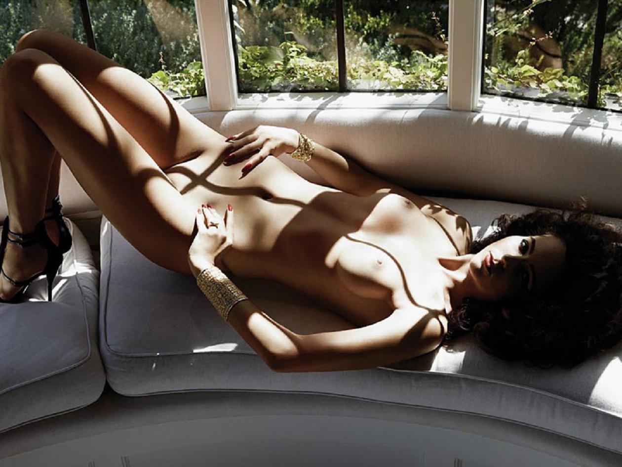 Lindsey Burns Nude Domination Porn Pics