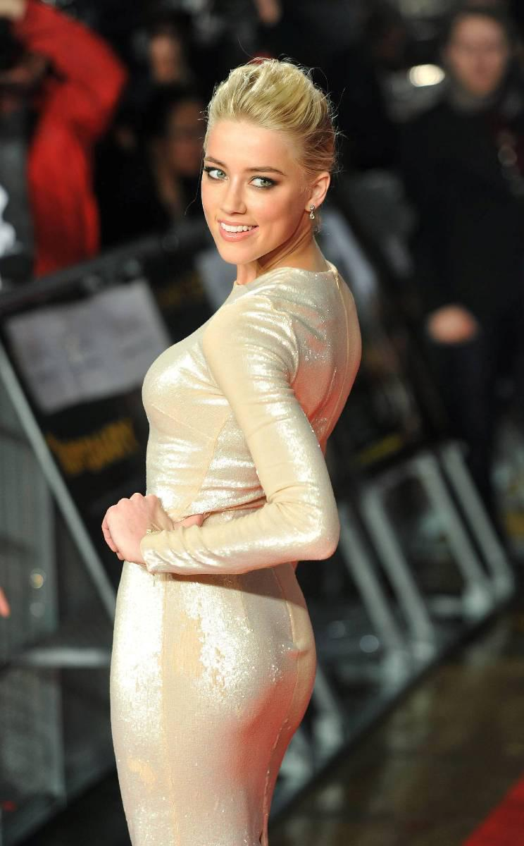 Amber Heard nude - Pag...