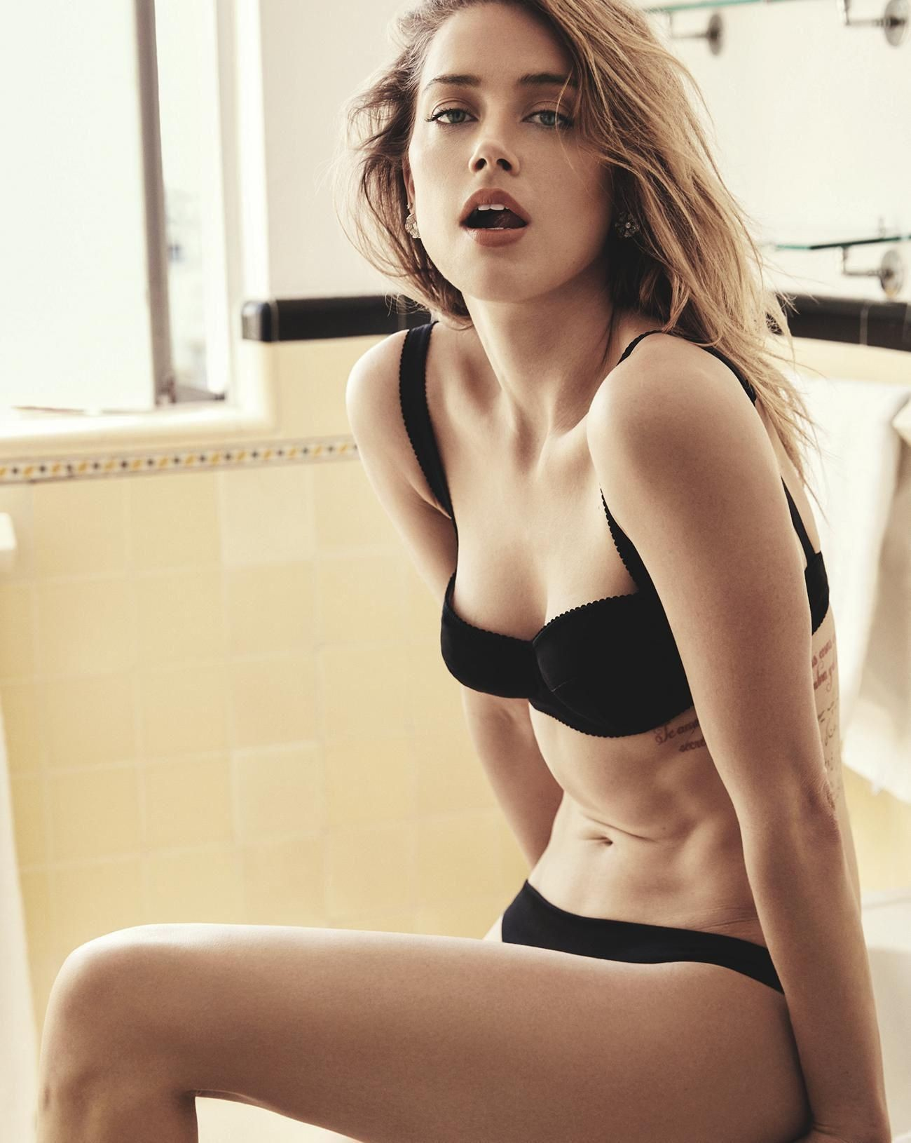 Amber Heard Topless amber heard nude, naked - pics and videos - imperiodefamosas