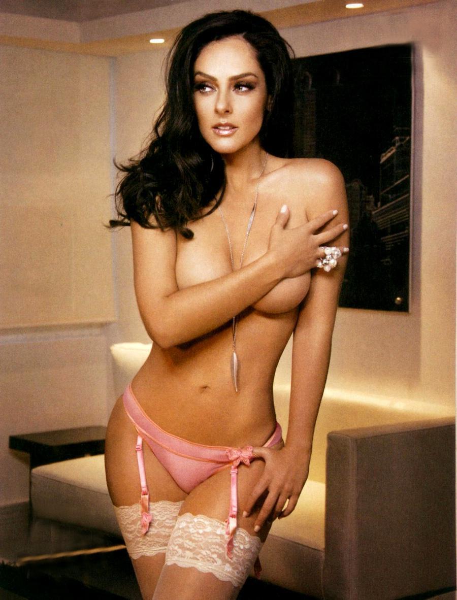 Andrea felldin naked, naked pics of laura prepon