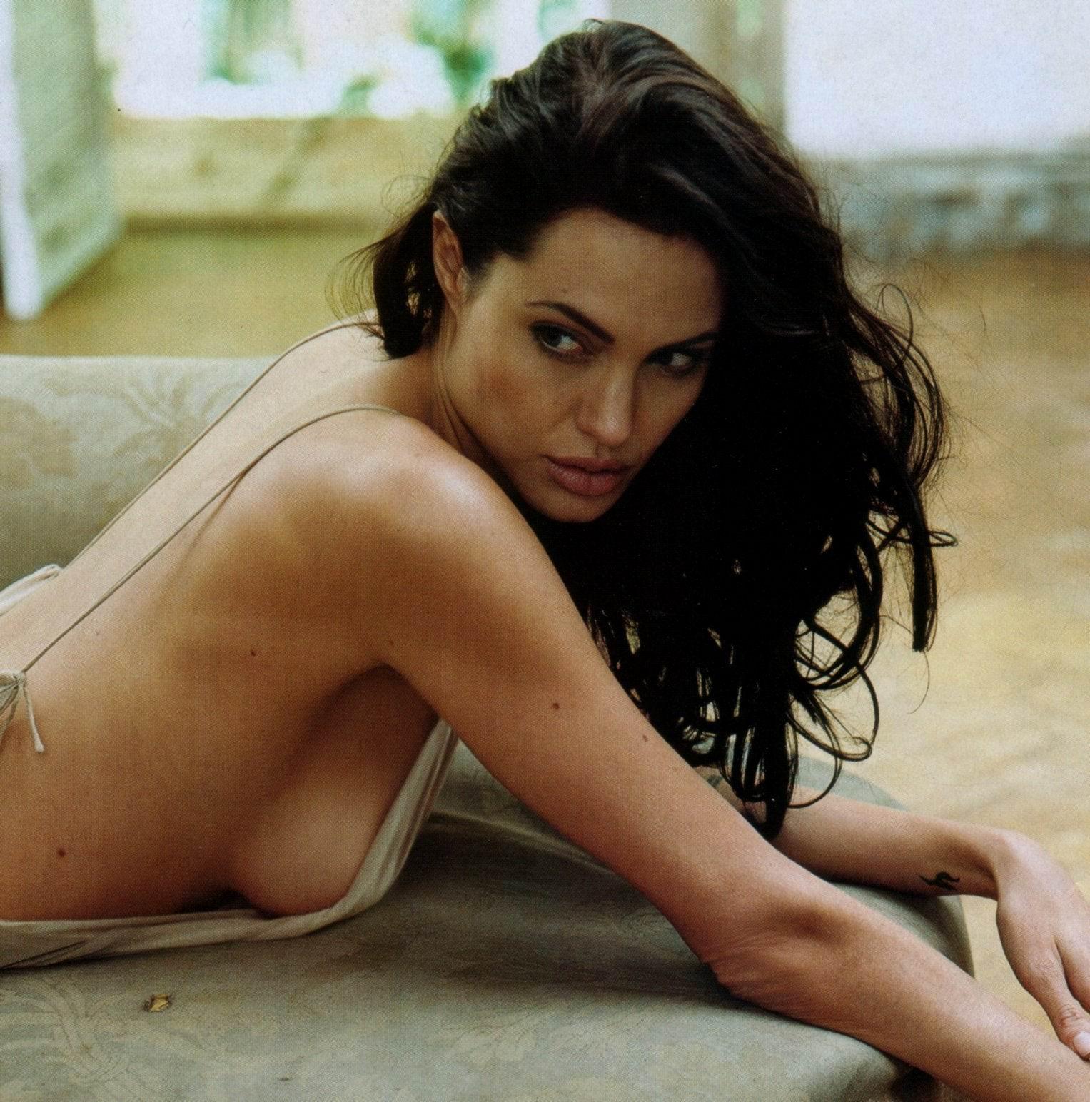 Анджелина джоли ххх @ m1bar.com