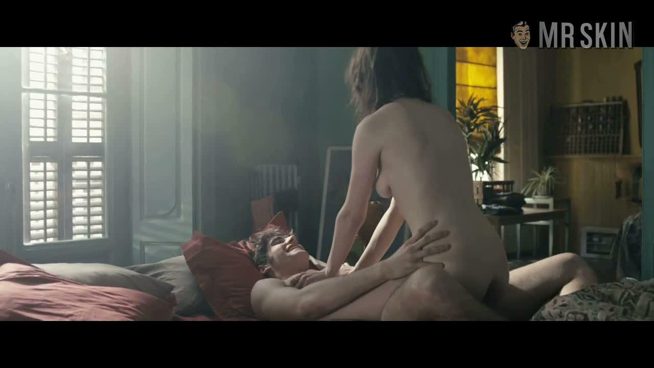Фильмы с открытыми сценами секса клочки усеяли