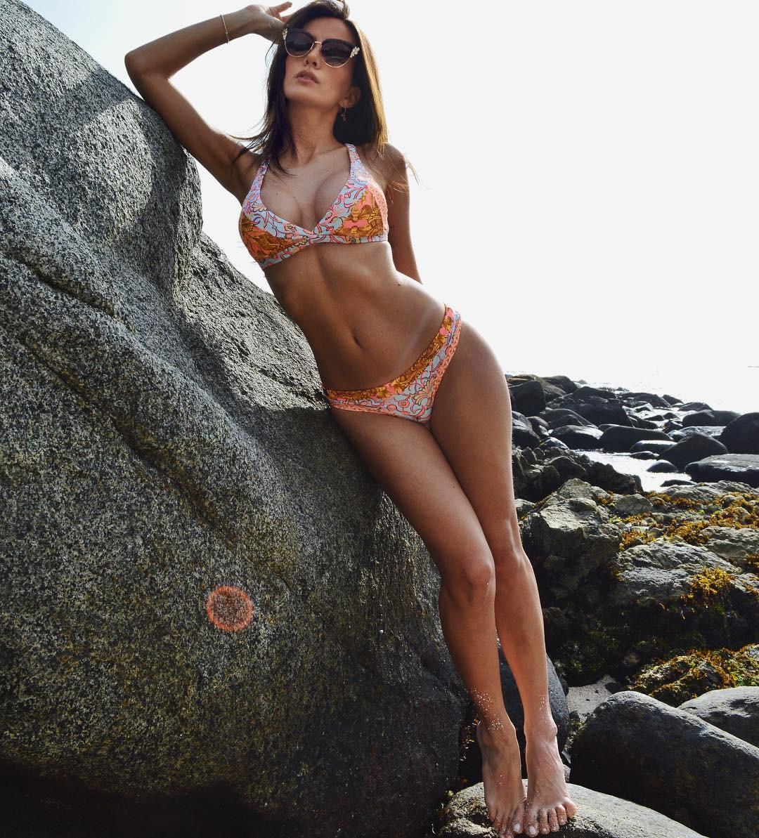 Aylen Milla Porno aylén milla - page 2 nue, négligente, seins nus, bikini