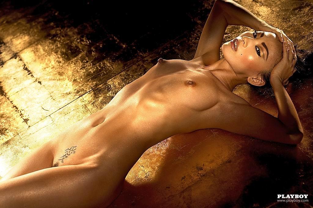 фото голая бай линг