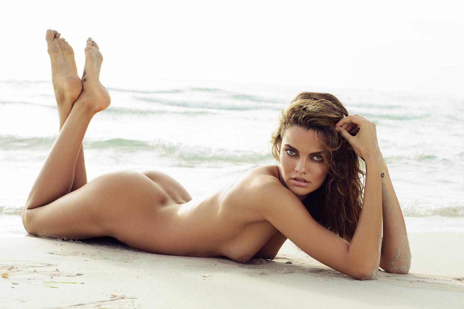 Nude barbara bermuda