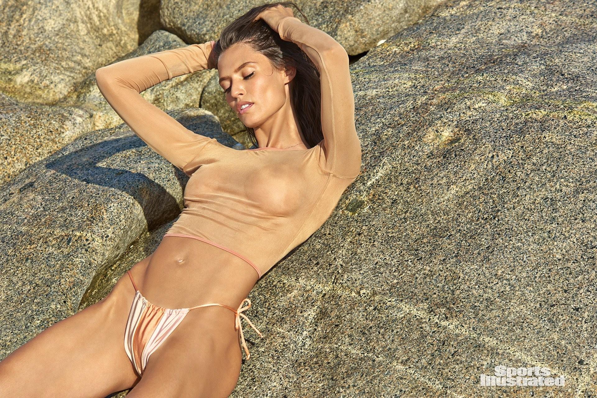 Bianca Balti  nackt