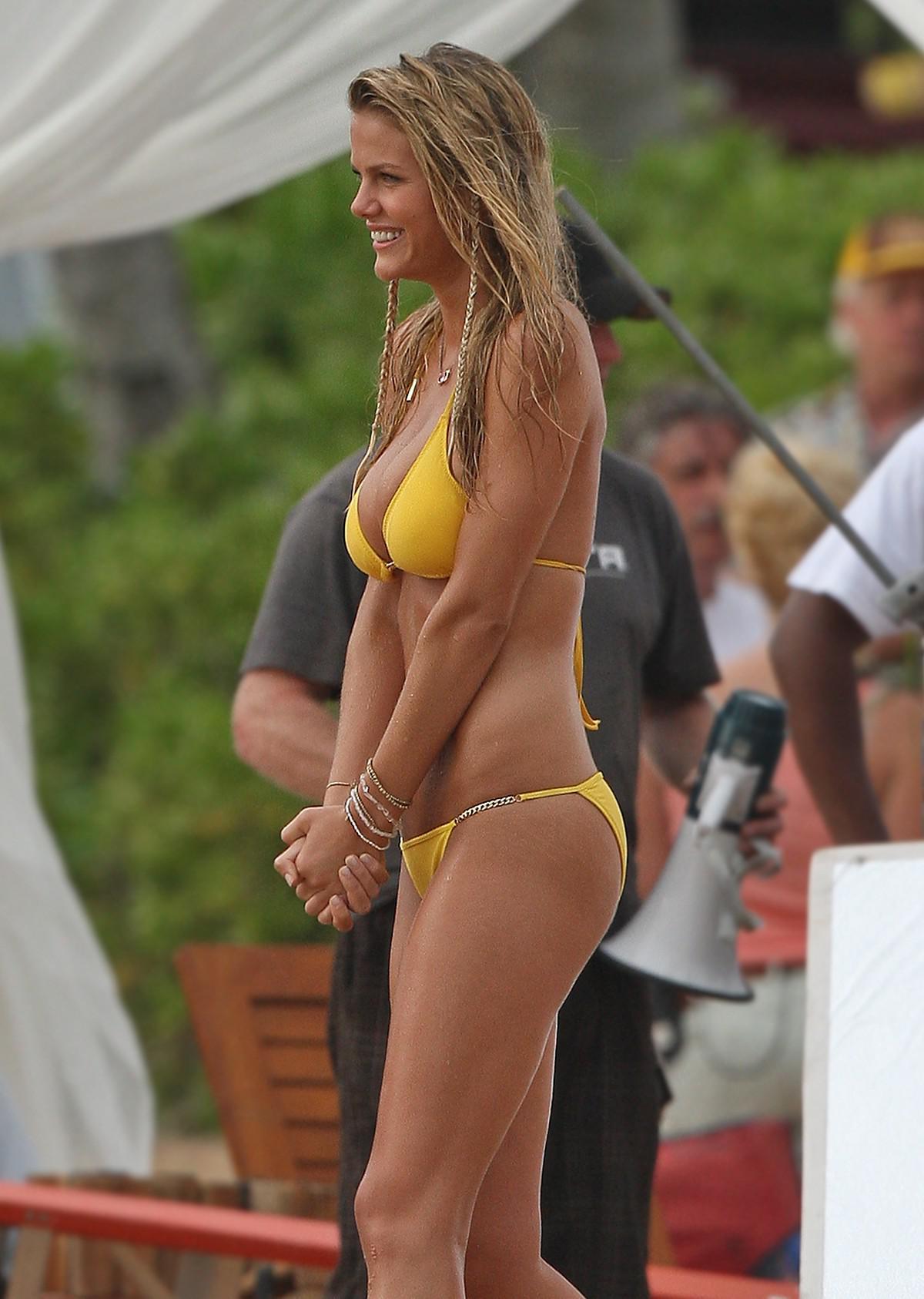 Brooklyn Decker Desnuda P Gina Fotos Desnuda Descuido Topless Bikini