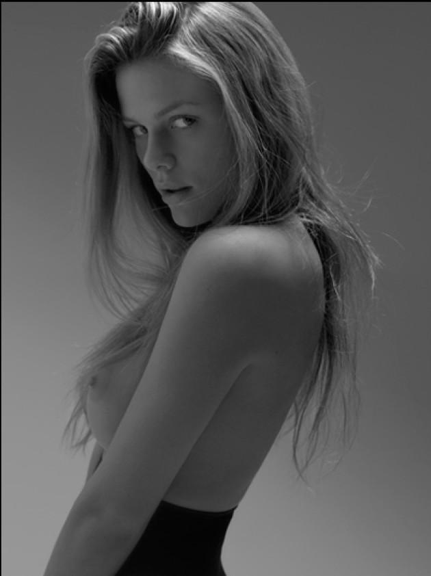 Desnuda Fotos De Brooklyn Decker Desnuda Tetas Pezon Culo Coño