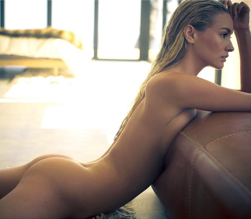 Stunning blonde heather morris shows her nude body on camera