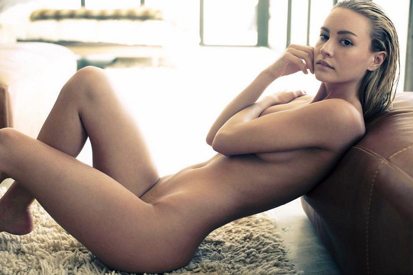 Brianne leary nude