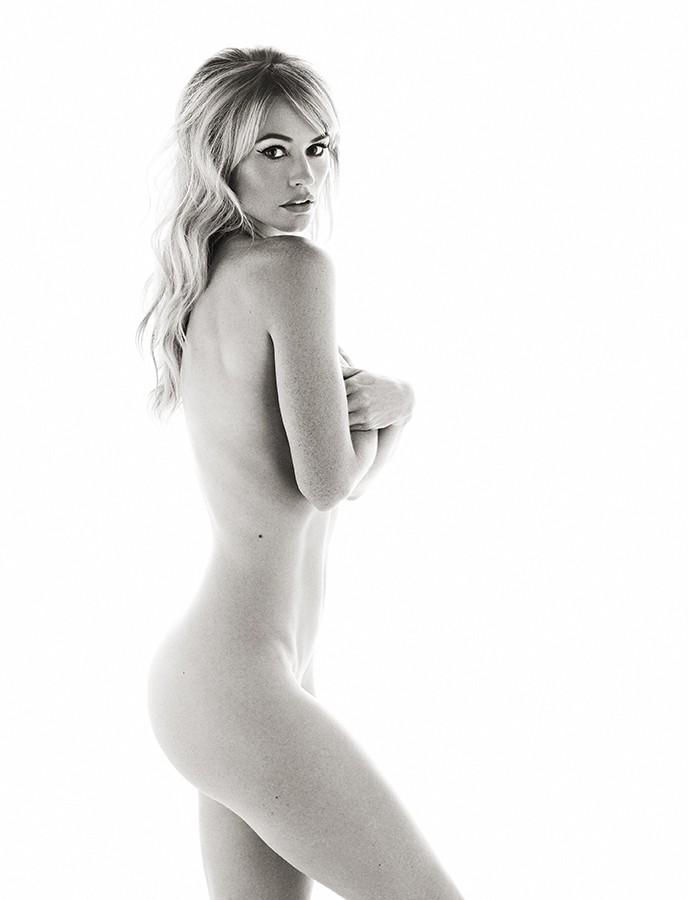 cameron-richardson-nude-lesbian-cats-cradle-sex-position
