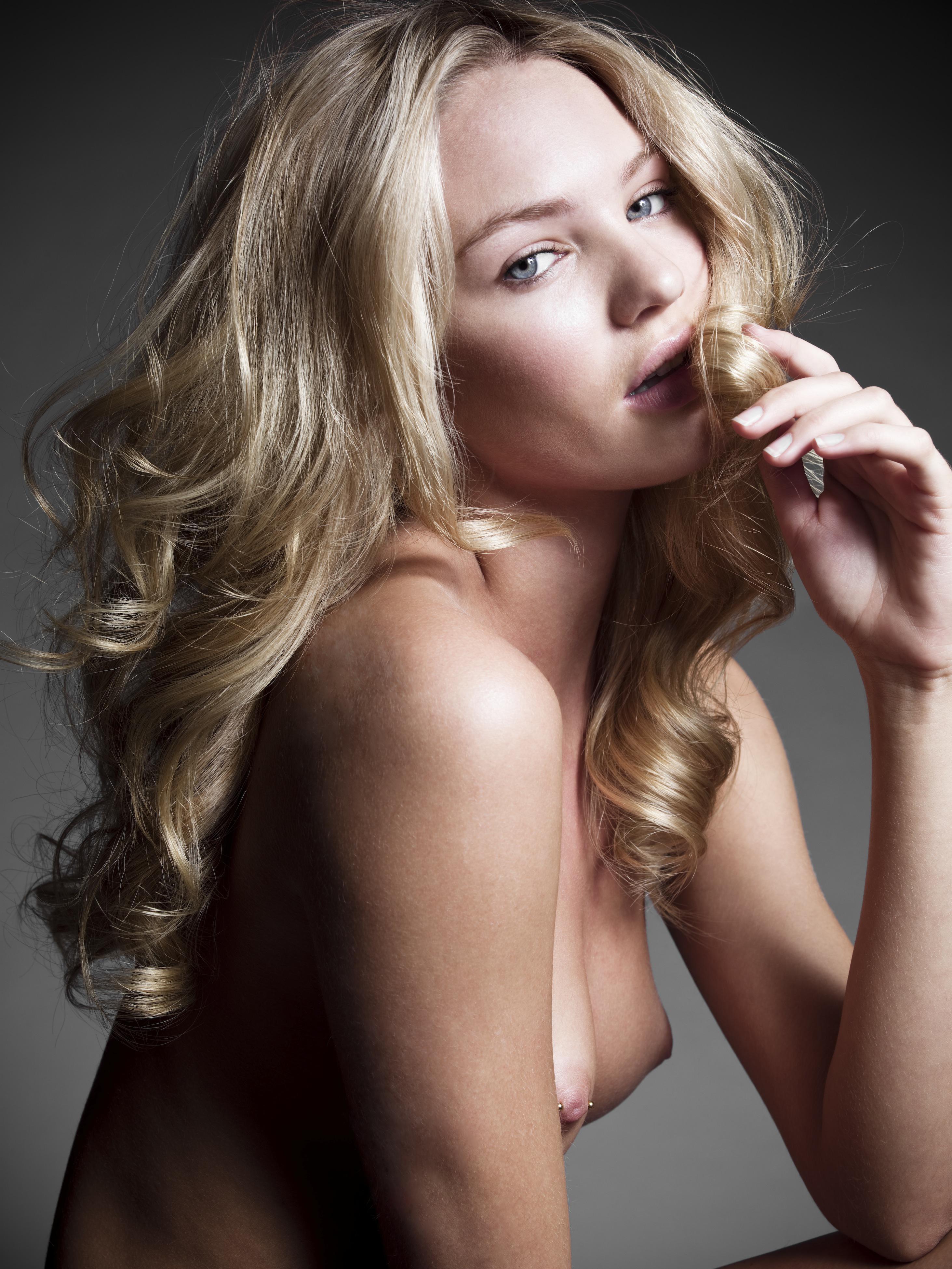 Candice Swanepoe fotos desnudas