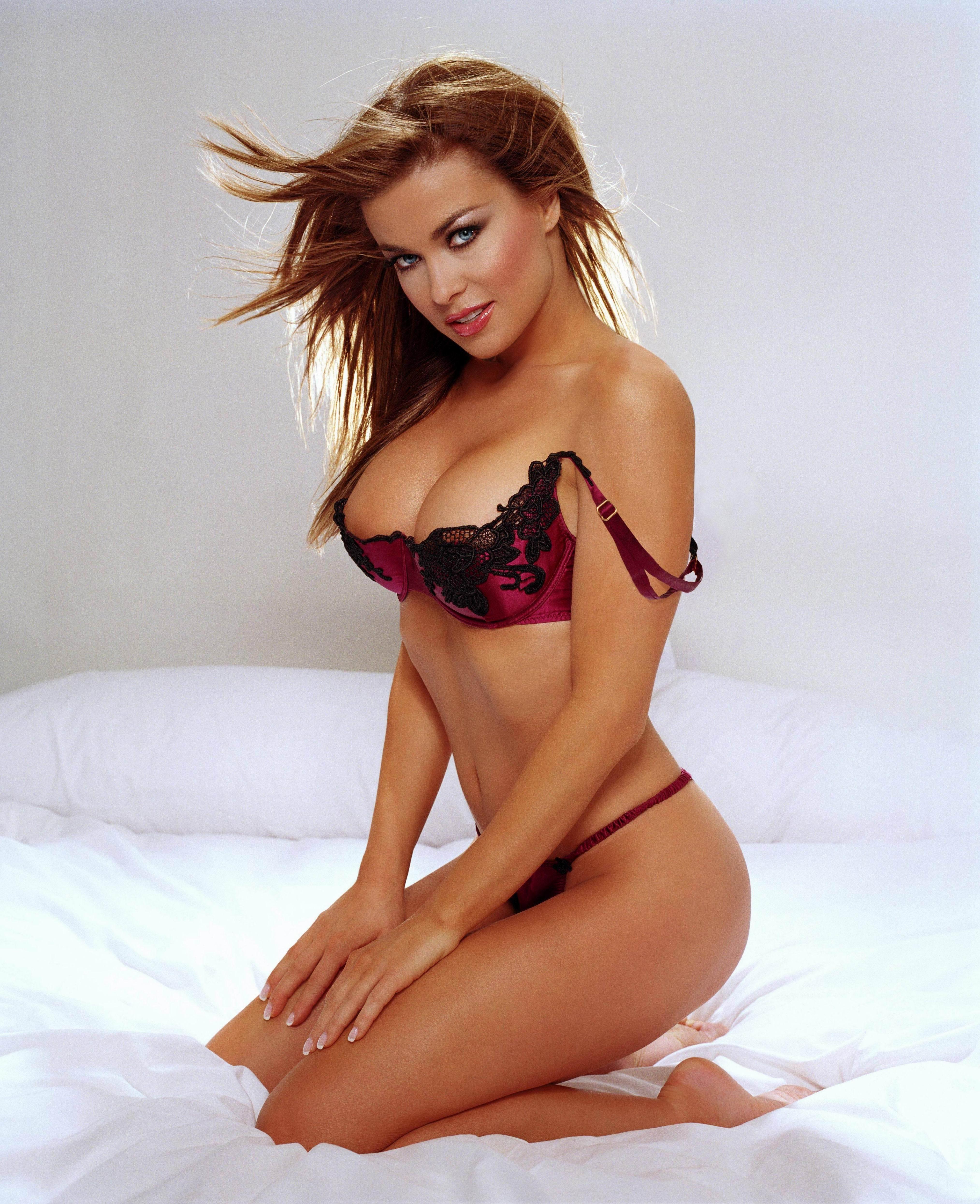 Bikini carmen electra foto