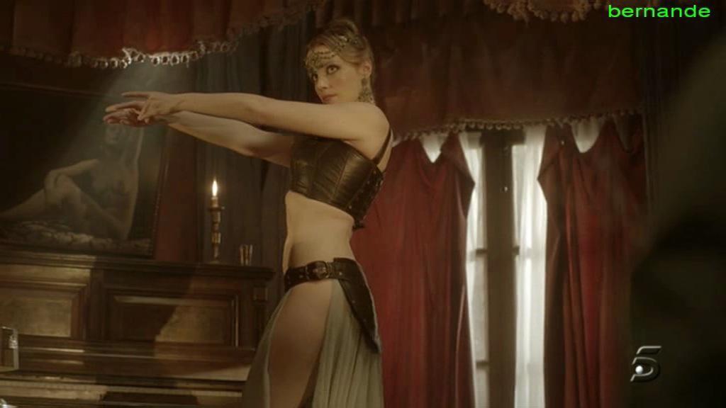 фото голой каролины банг найдено более 1000 порно роликов