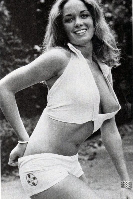 Barbara bach young hot nude, sex video nopi