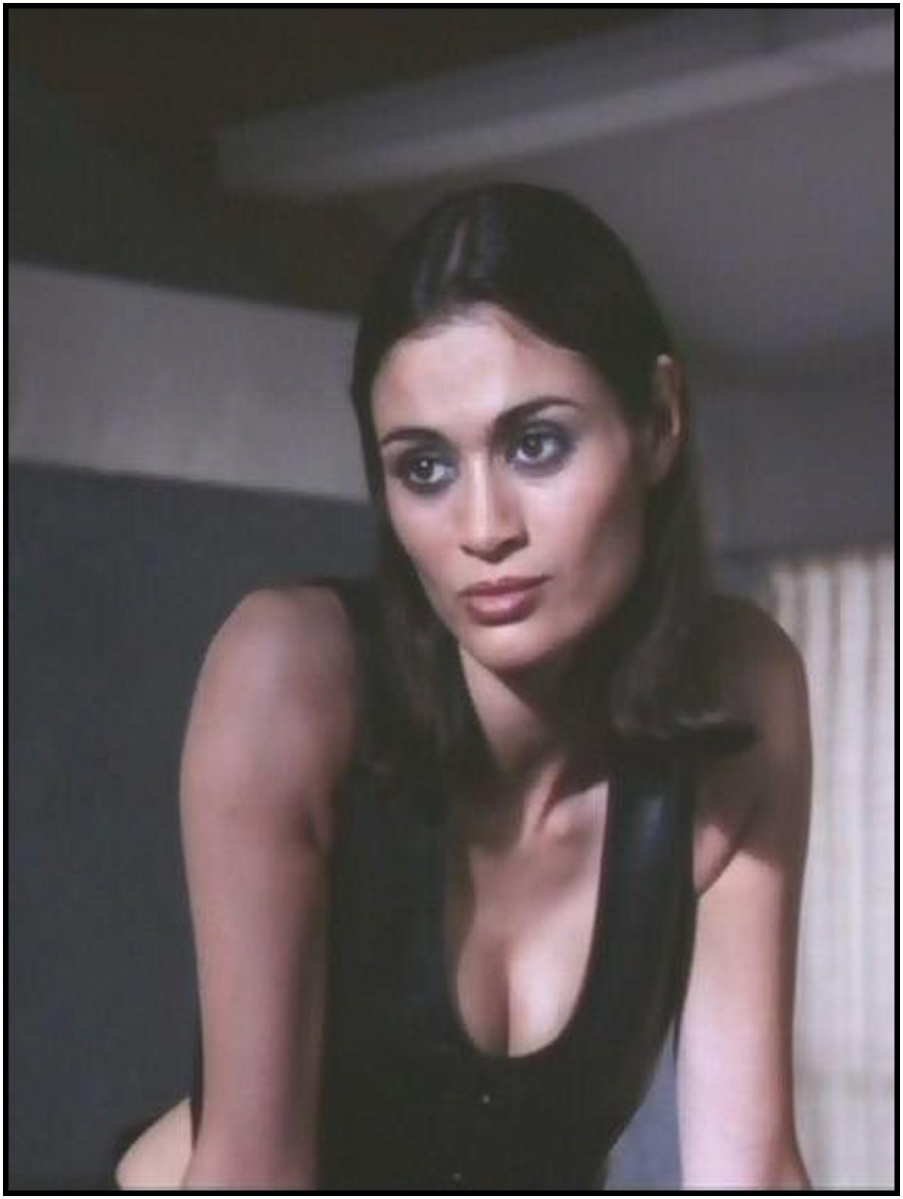шарлотта льюис актриса фото