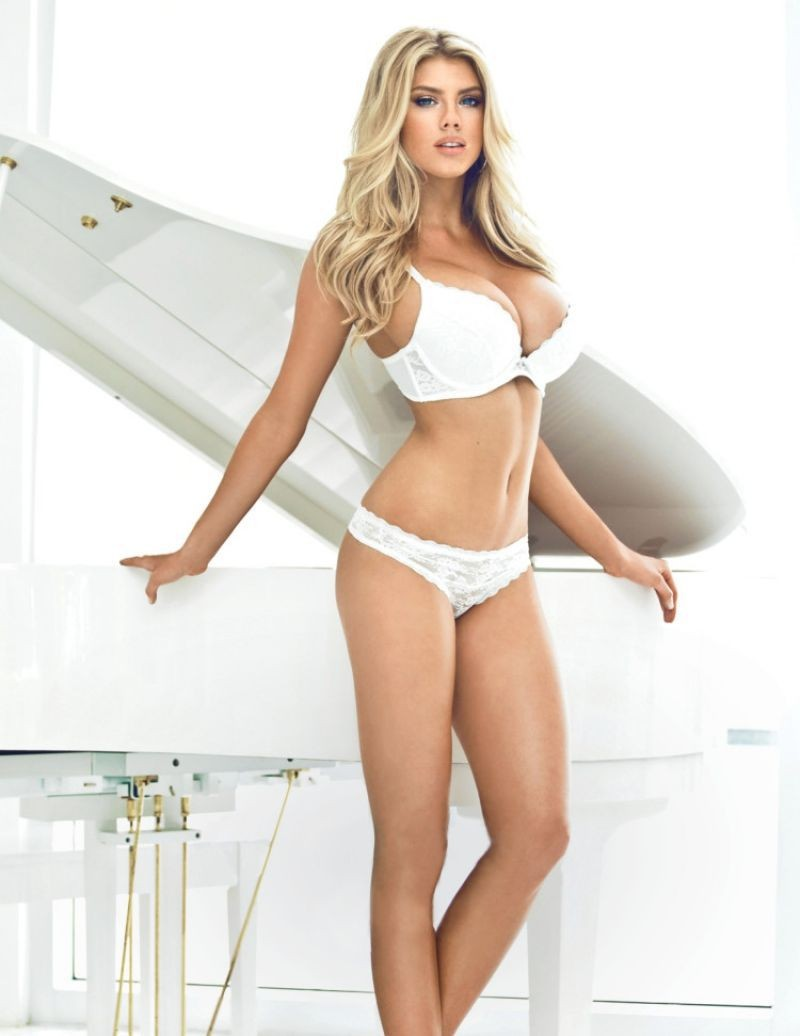 Busty charlotte london outcall escort