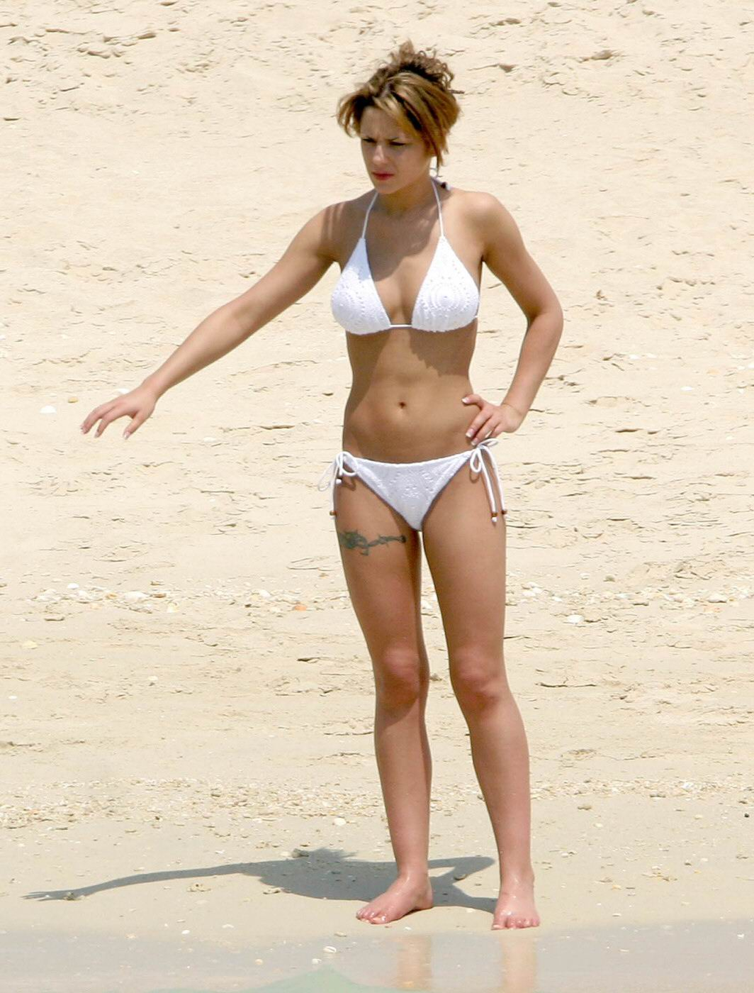 cheryl-cole-oops-naked-pics-actual-amateur-sex-tapes