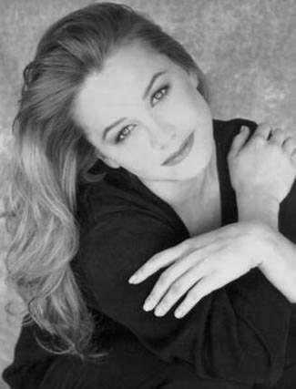 Christine Taylor desnuda - Fotos y Vídeos -