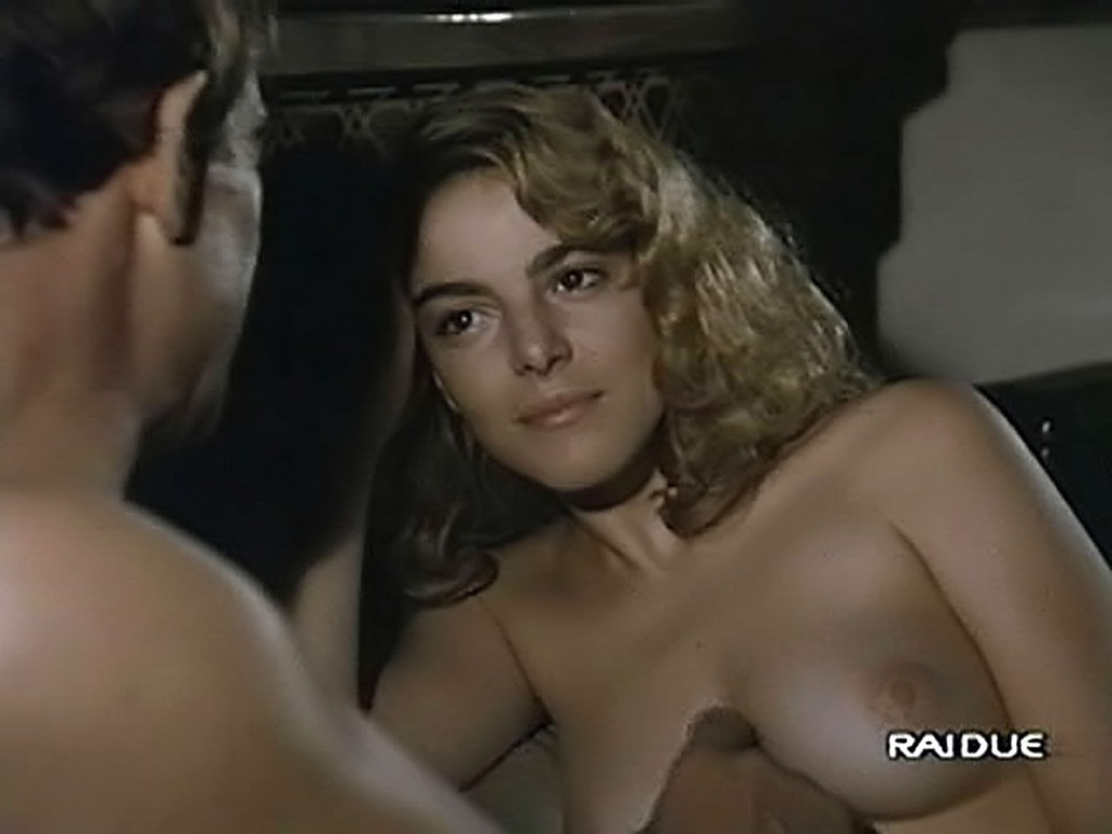 claudia gerini naked shots