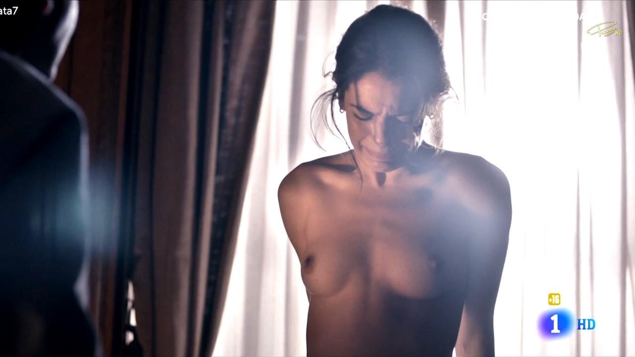claudia naked
