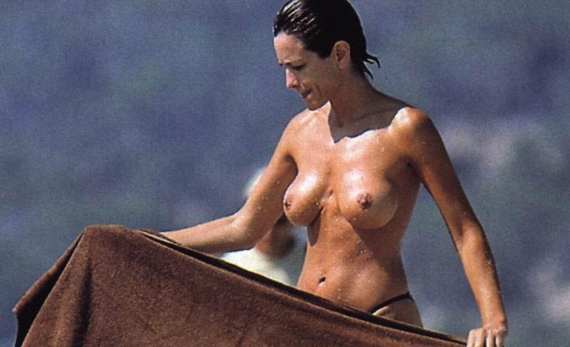 Sexy body pics of daniella alonso — photo 14