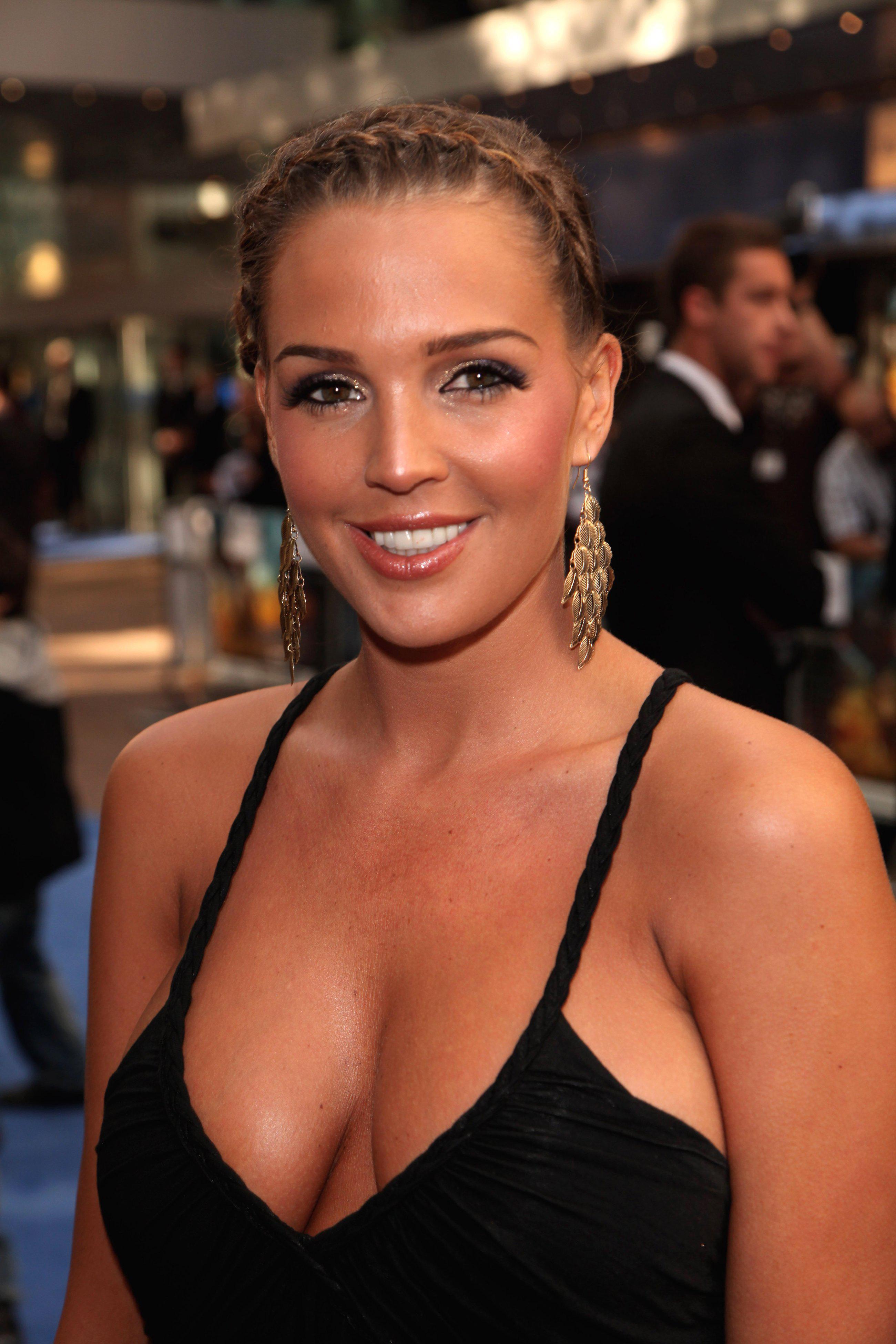 Danielle lloyd cumshot, sri lankaise nue porn