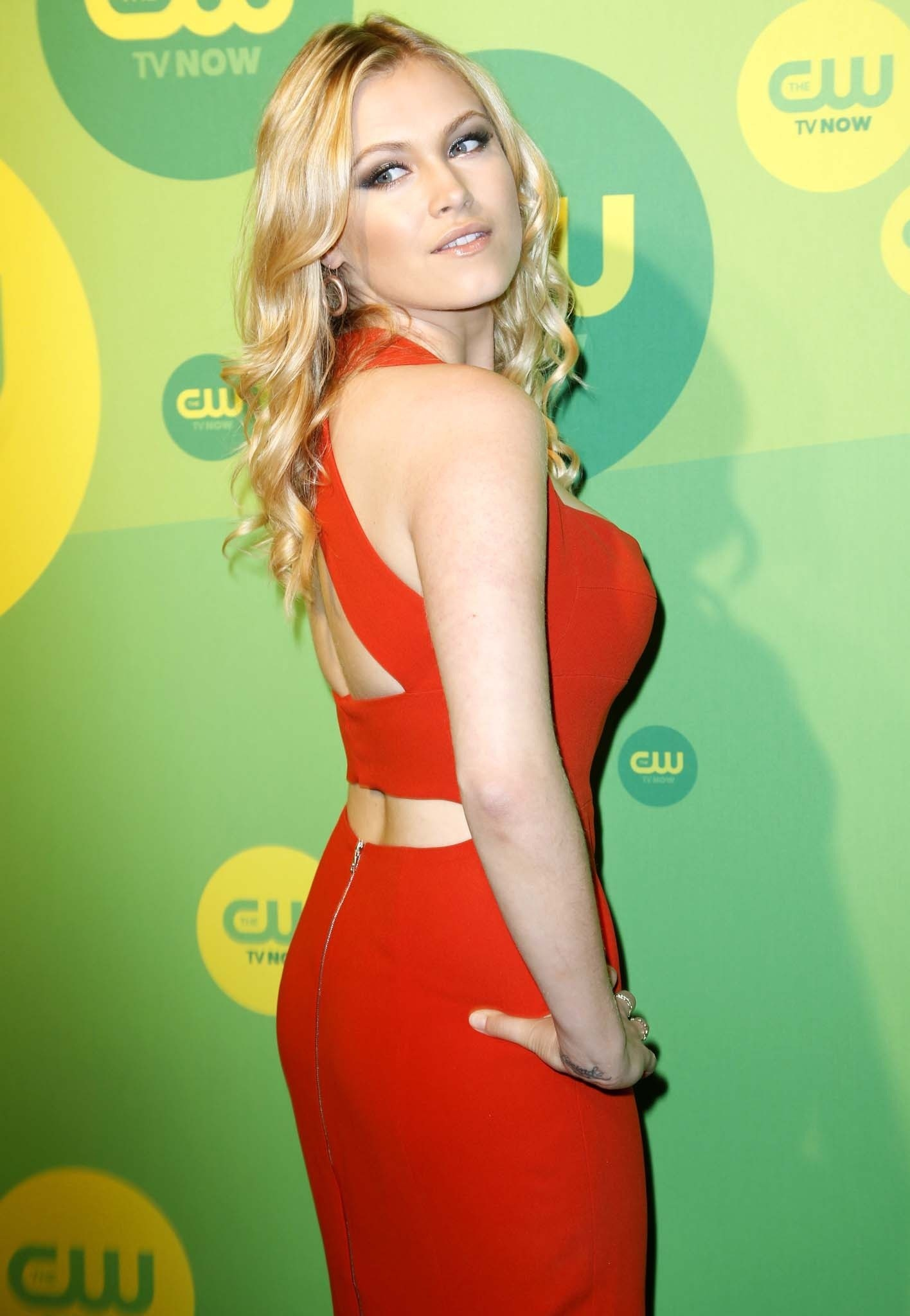 Topless Eliza Taylor naked (98 foto and video), Ass, Paparazzi, Twitter, cameltoe 2006