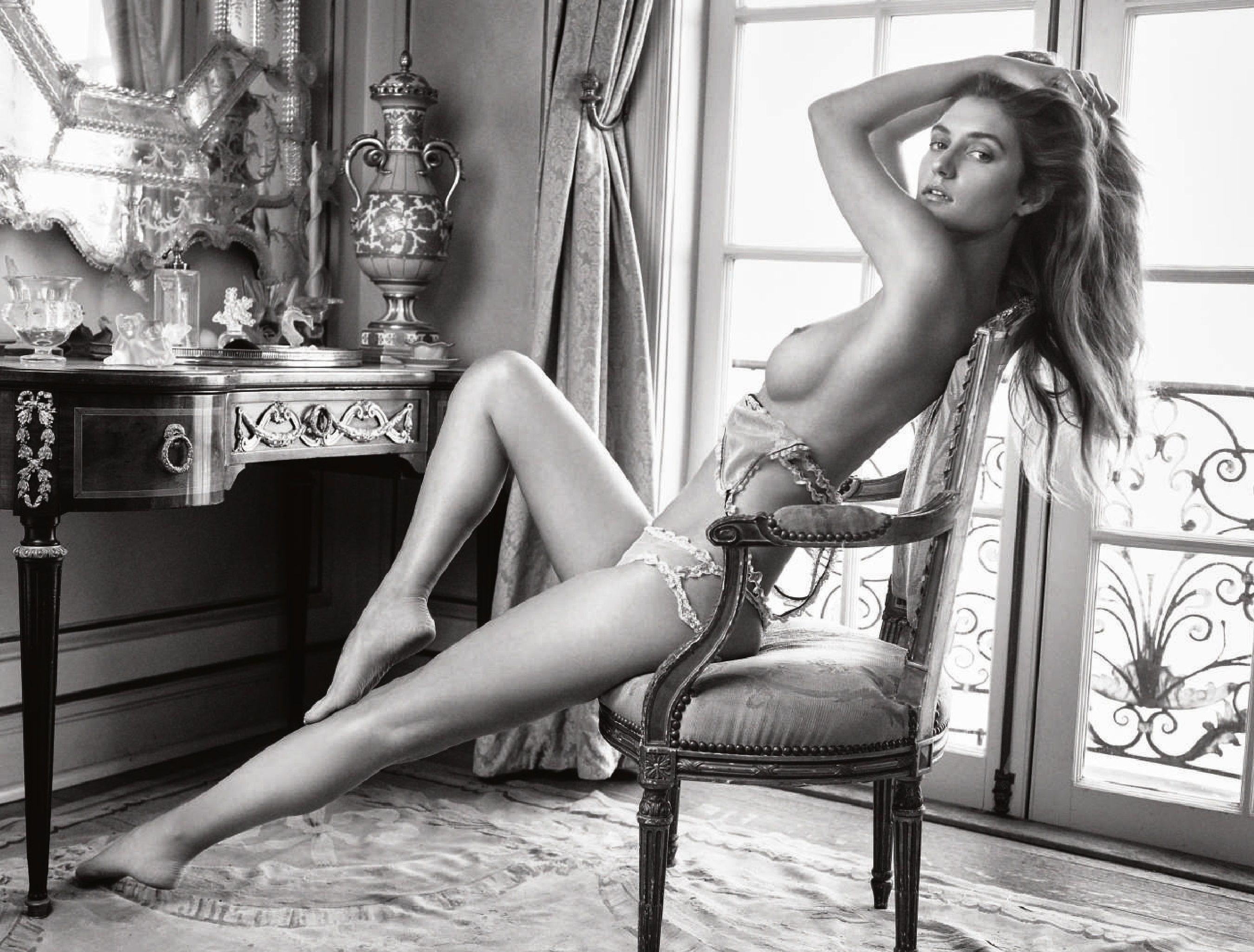 Elizabeth Elam Nude and Sexy nudes (55 photos), Selfie Celebrity fotos