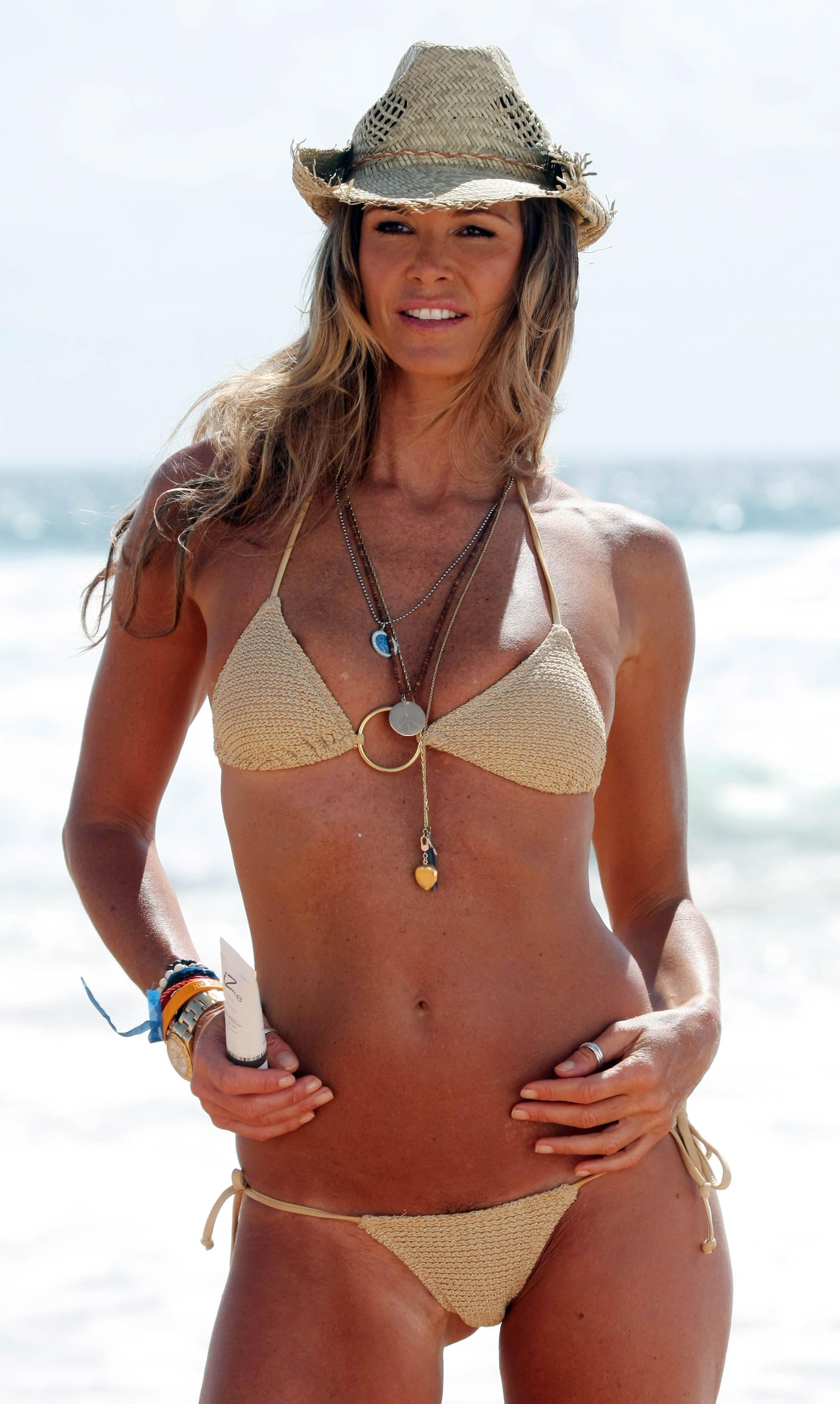 Elle Macpherson Nude - Page 2 Pictures, Naked, Oops -5772