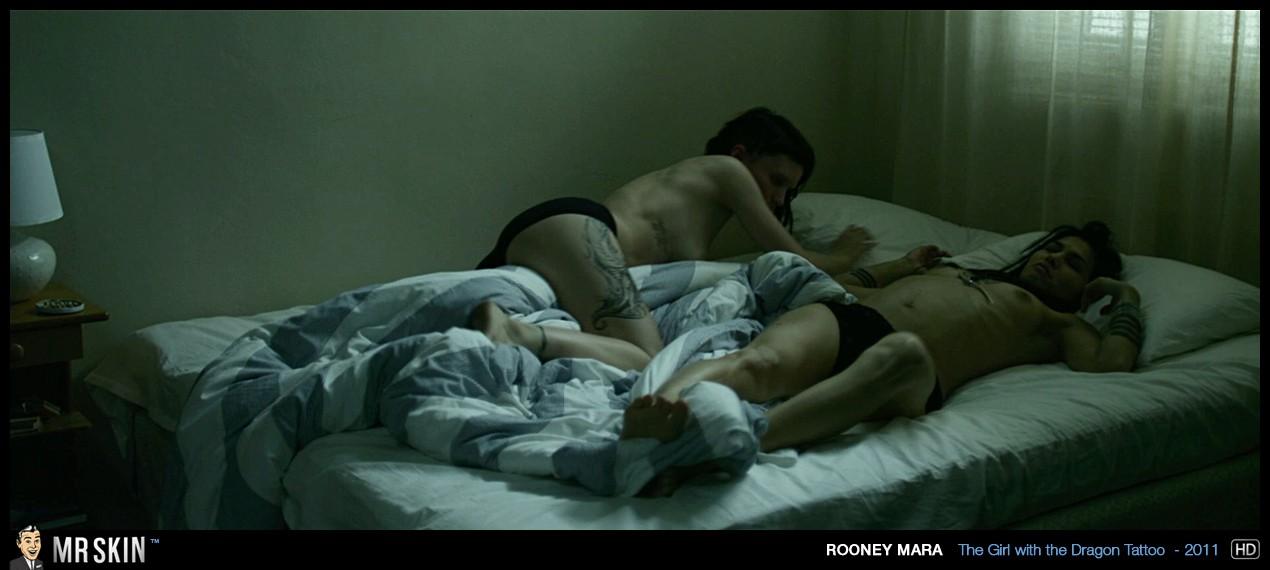 Порно фото элоди юнг