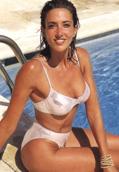 Desnuda Descuido Topless Bikini Interviu La Isla De Los Famosos