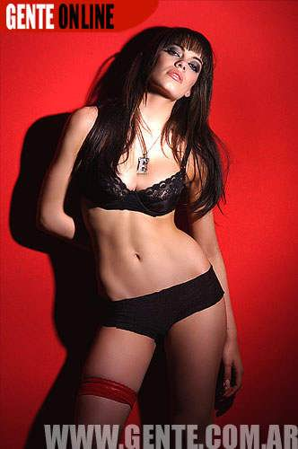 emiala-attias-naked-pics-cum-on-hot-naked-woman