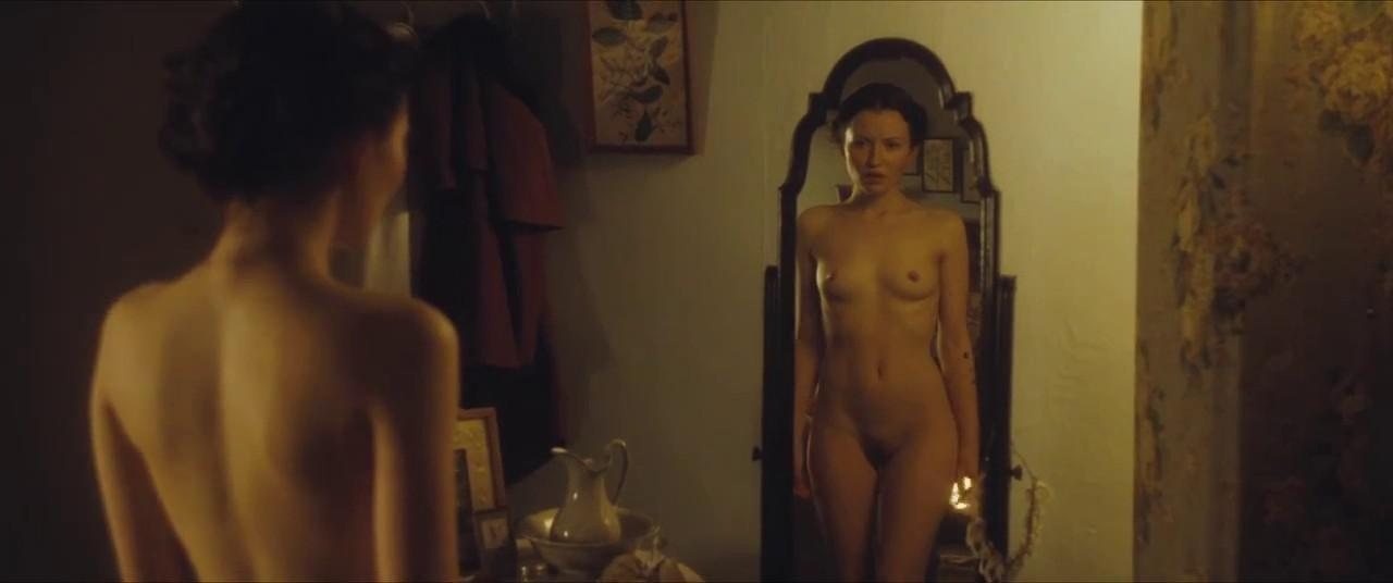 Эмили браунинг фото голая