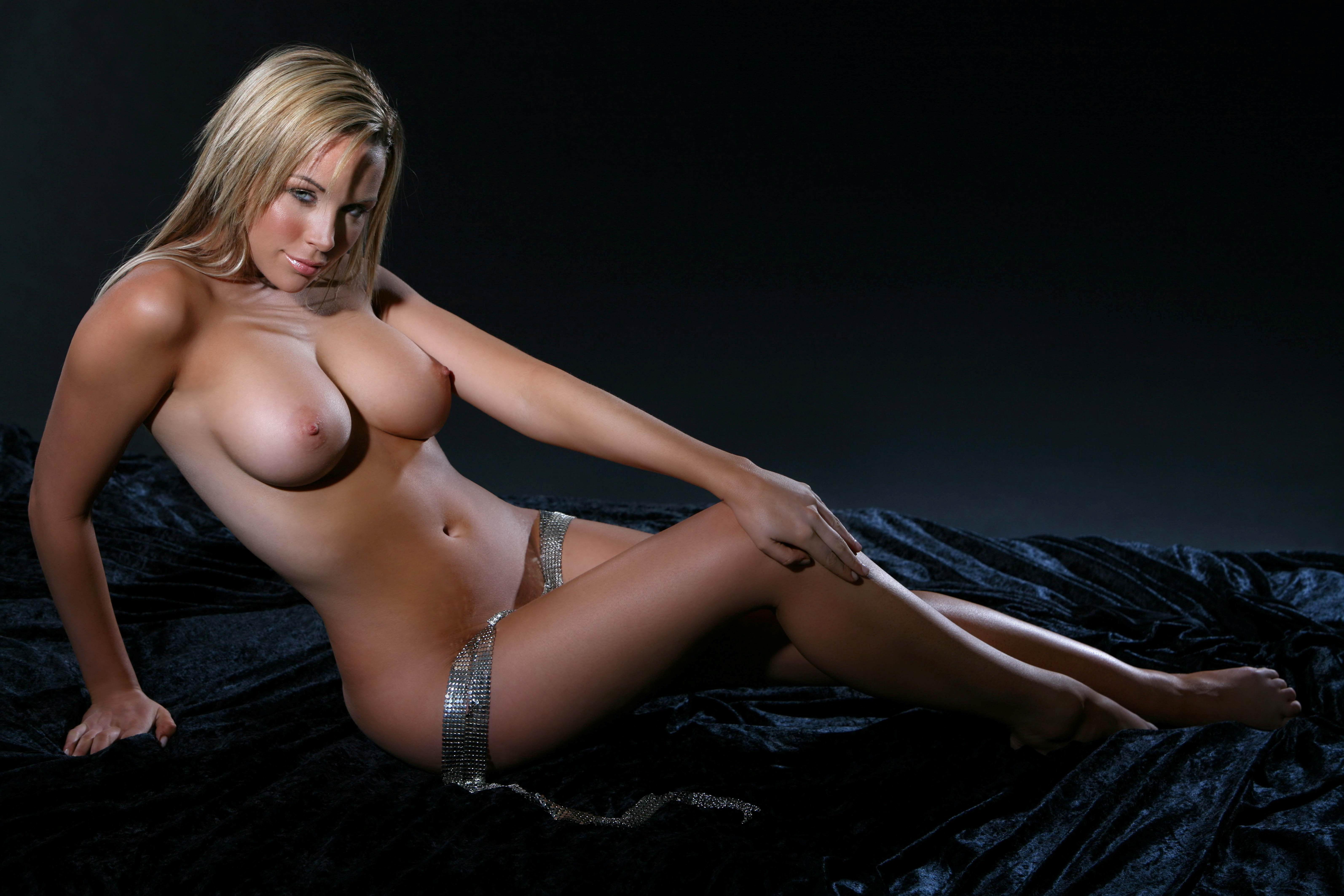 Sextiny photos naked