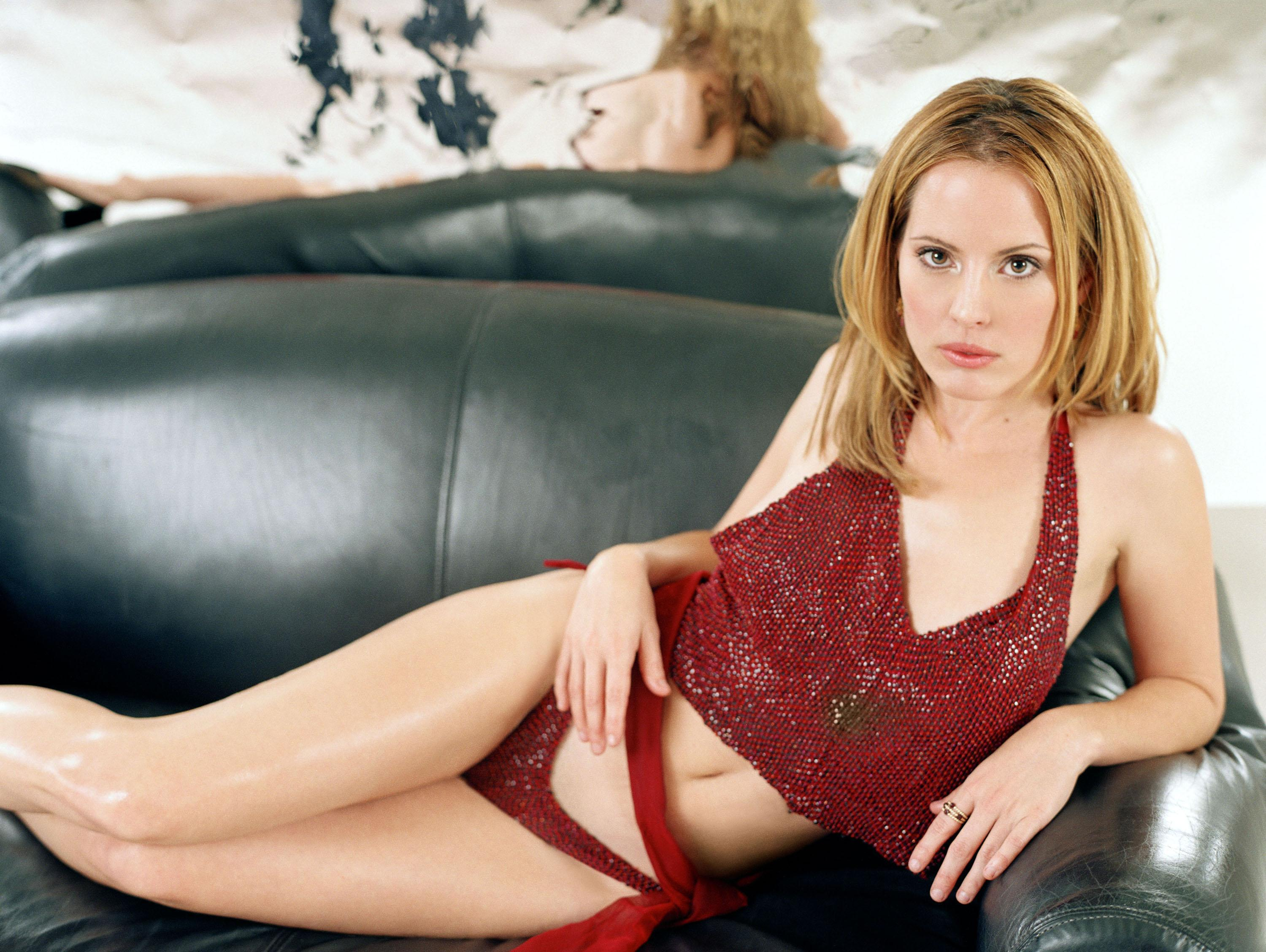 Emma caulfield timer 2009