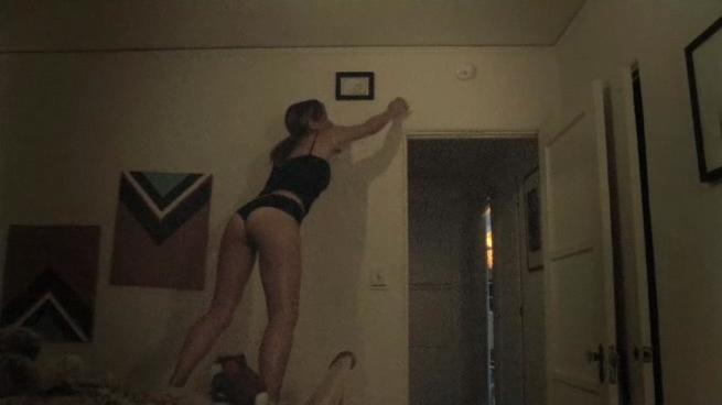 Nackt und Beruhmt! Emma Caulfield topless nackt titten