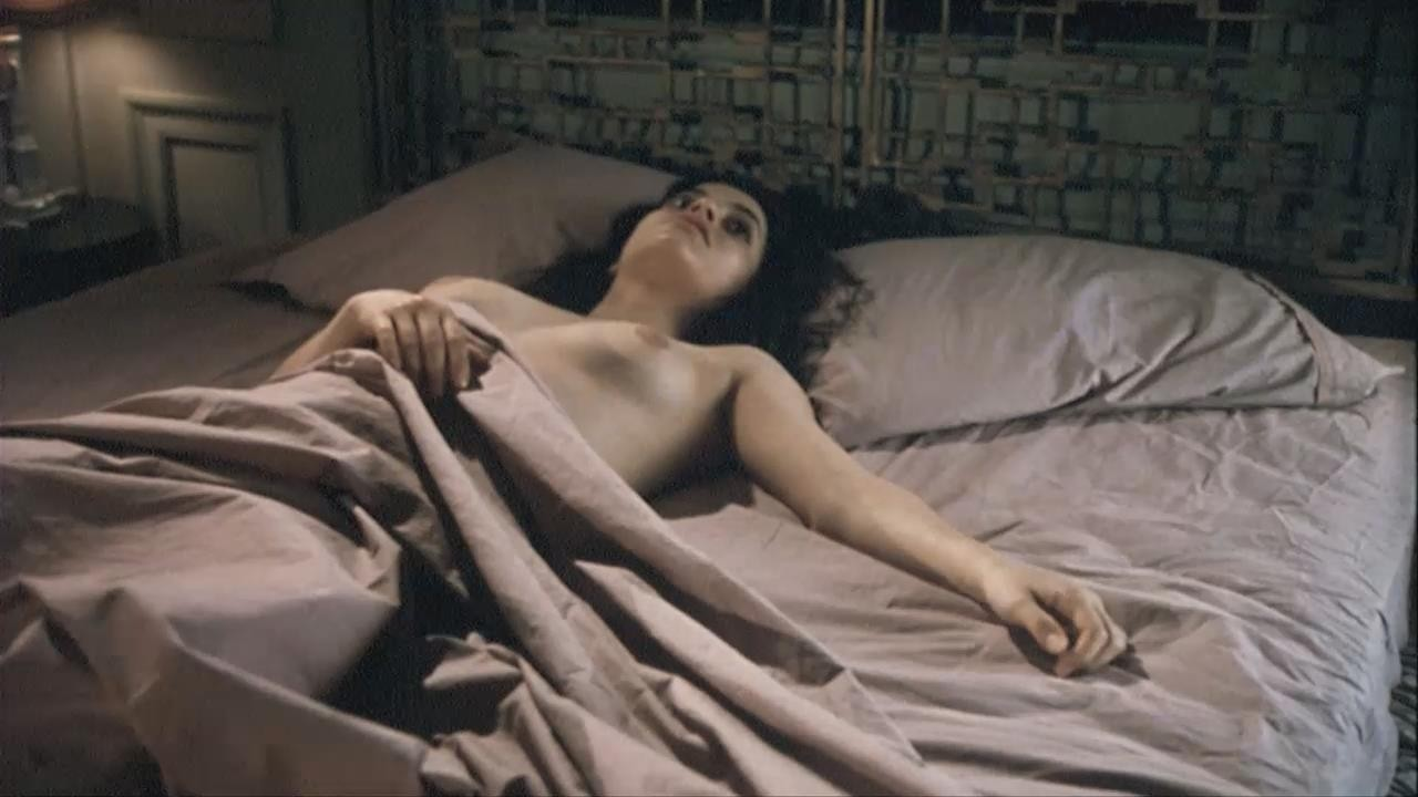 Emmanuelle vaugier, its her birthday and shes naked