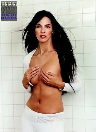 Estefanía Luyk Desnuda Página 3 Fotos Desnuda Descuido Topless