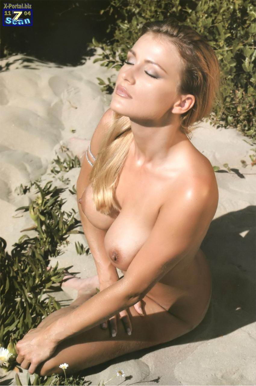 Nude pinup girls gif
