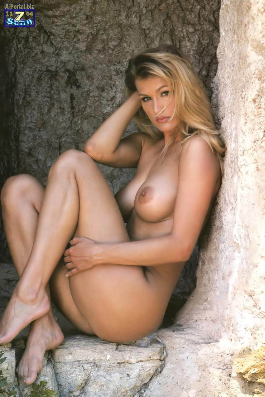 from Issac eva henger calendario porno