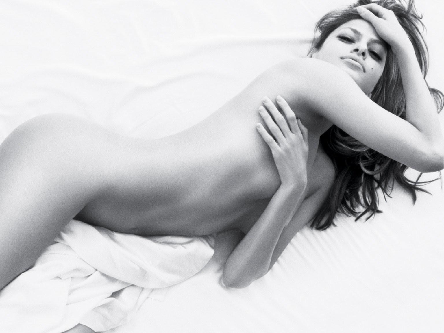 Eva mendes nude sexy