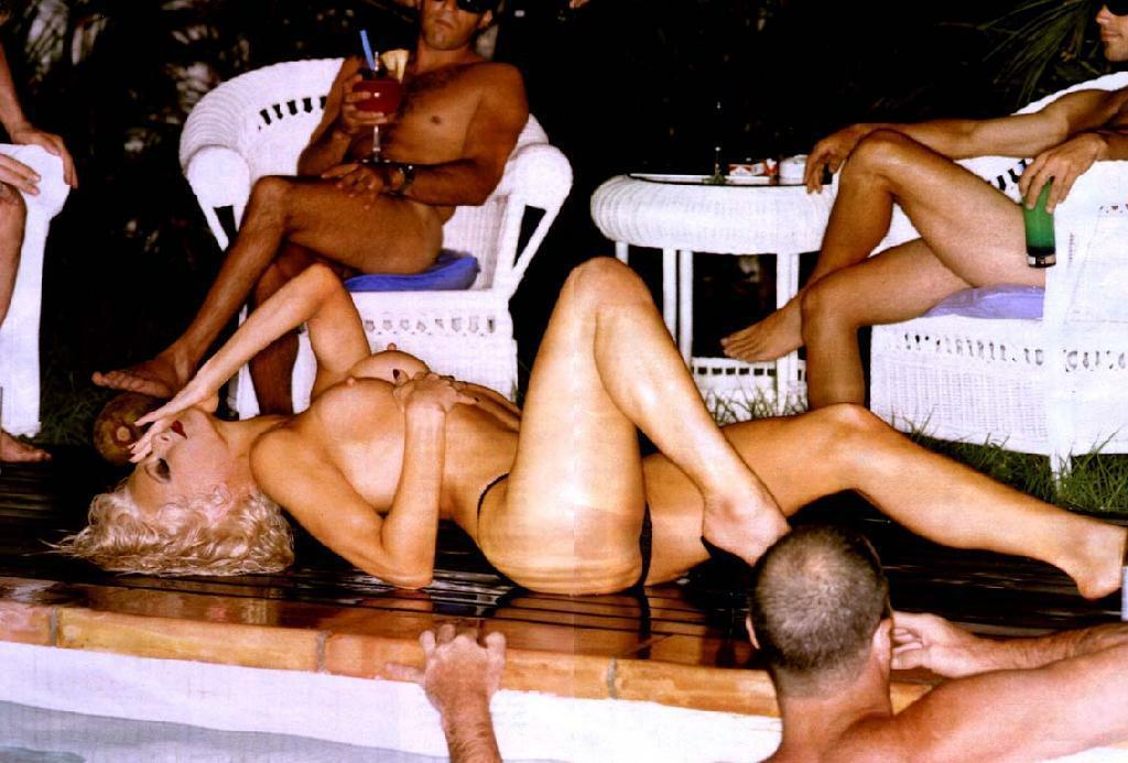nude photos of farrah fawcett № 77252
