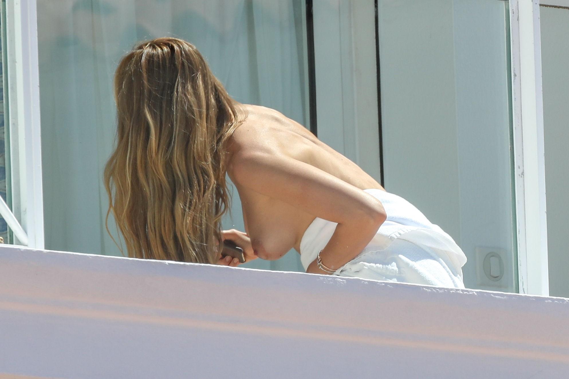 Sideboobs Nude Fiammetta Cicogna naked photo 2017