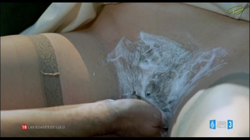 nude girl swallows gif